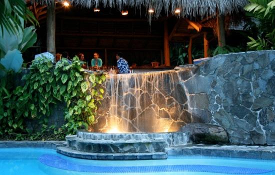 Lost Iguana Resort pool