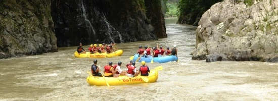 RAFT THE PACUARE RIVER