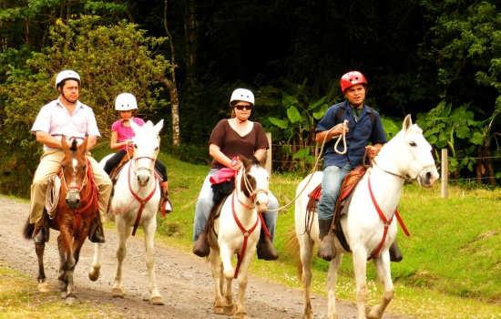 El-Silencio-Horseback-Riding-Tour