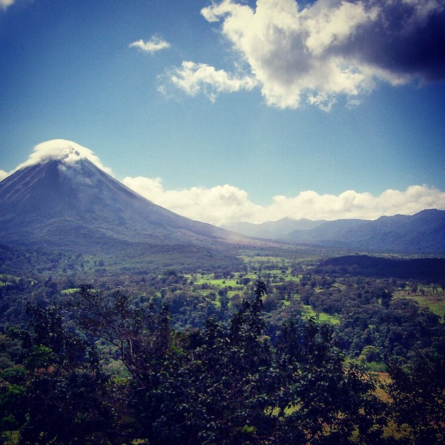 Wow!  Loving this pic of the #Arenal volcano by our travel expert Brandon!
