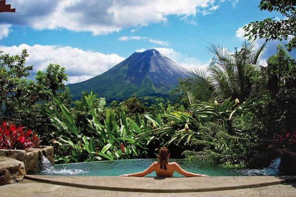 Classic costa rica see the highlights on this luxury for Luxury vacation costa rica