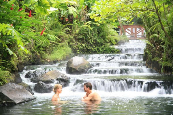 The most romantic hidden paradise vacation in costa rica for Health spa vacations for couples