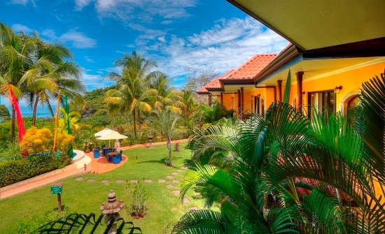 Stay at Cuna del Angel Hotel, Costa Rica
