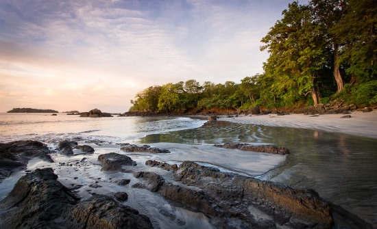 Isla Palenque Playa Primera Sunrise