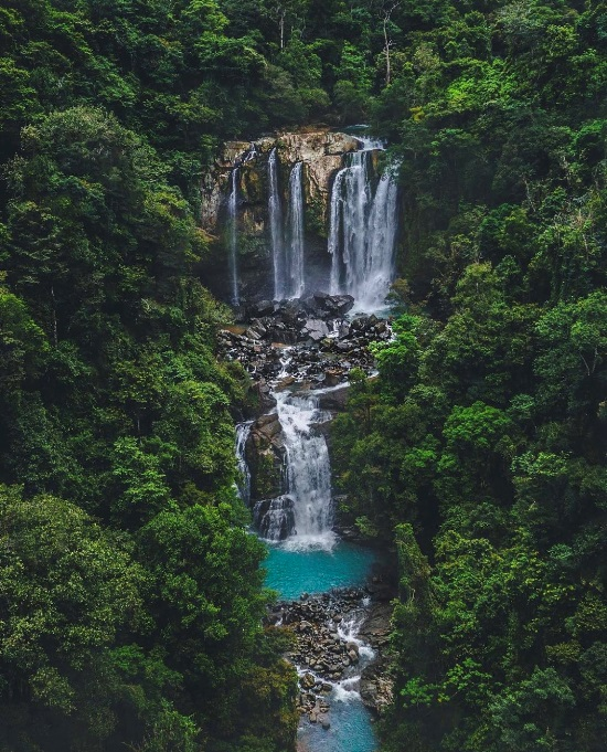 Nauyaca Waterfalls via @jcarvaja17