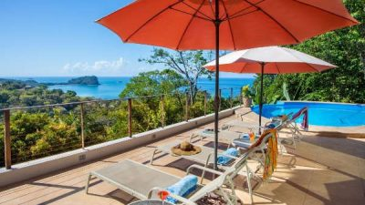Casa Magnifica pool view