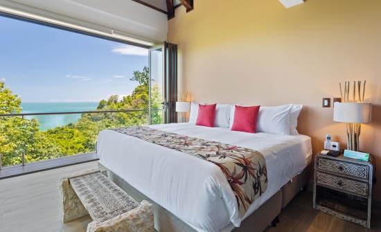 Tule Villa bedroom
